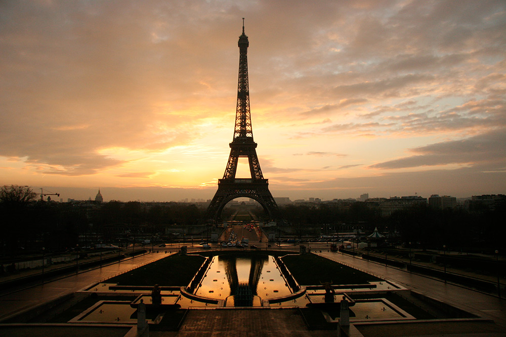 Eiffel_tower_sunset