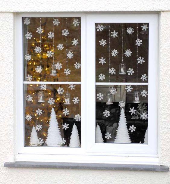 идеи украшения квартиры на новый год 2019 окна снежинки