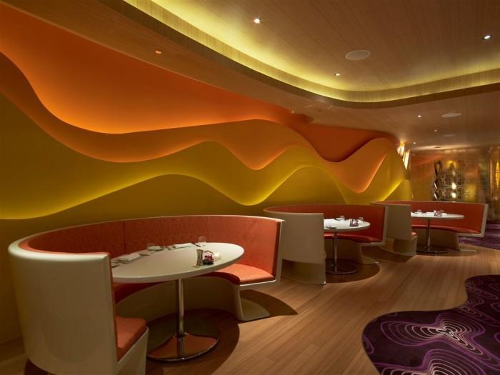 оформление люксового ресторана с красивым освещением