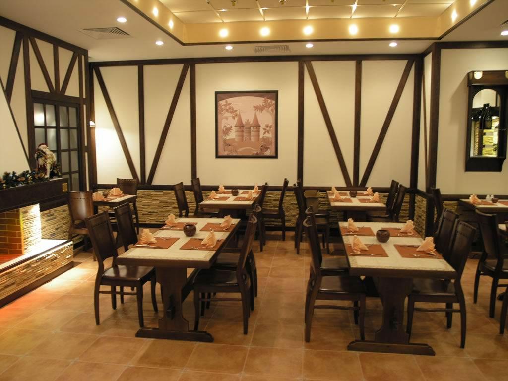 отелка стен кафе стиль фахверк средневековый немецкий