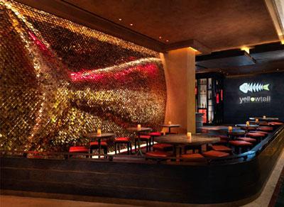 оригинальное оформление стены китайского рыбного ресторана