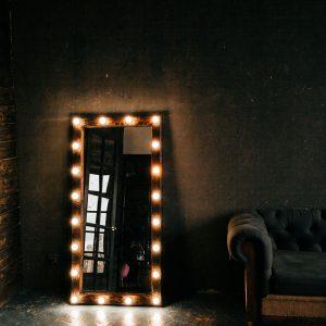 зеркало с лампами купить недорого онлайн магазин