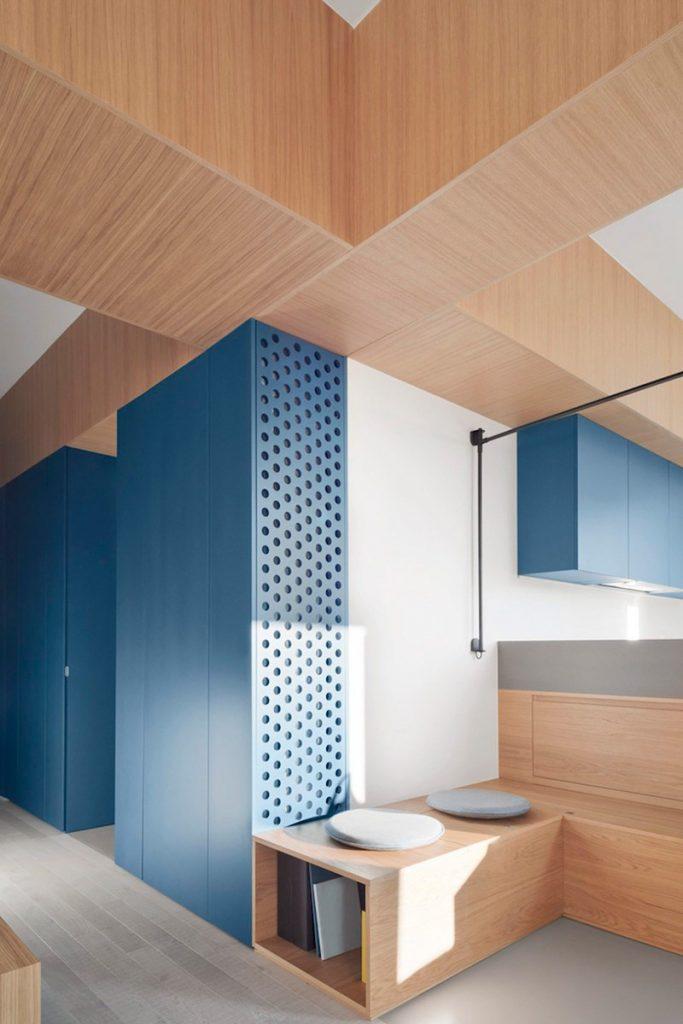 дизайн квартиры дерево необычные цветовые гаммы пример
